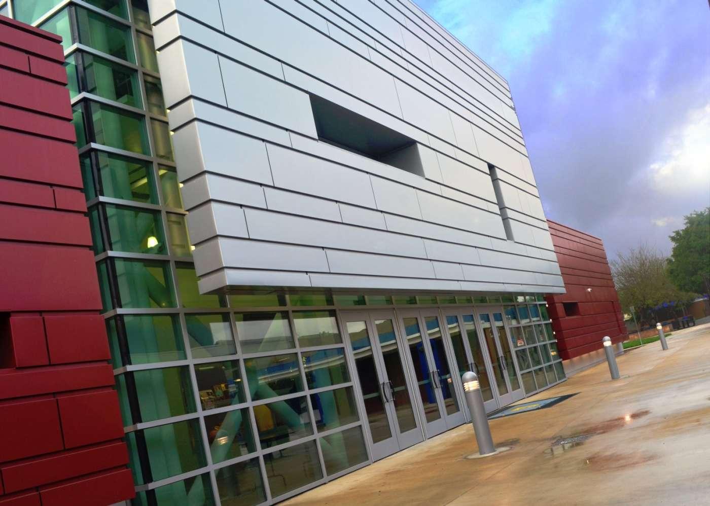 SDHS Gym exterior 4-1400