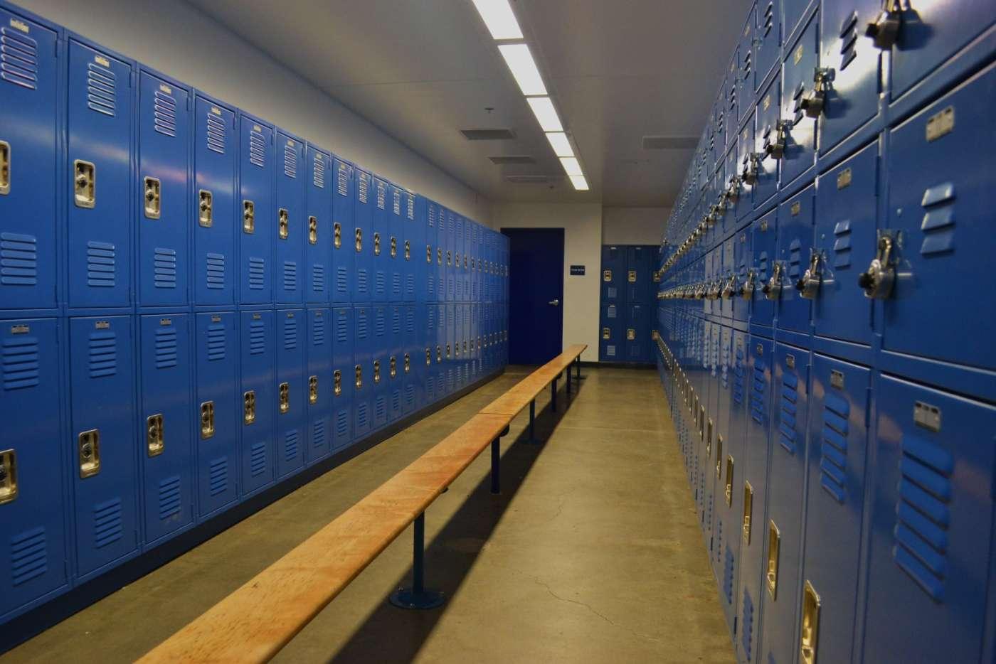 SDHS Gym interior 1-1400